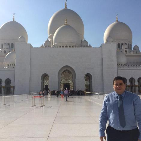 Dr Mataruna visits the United Arab Emirates to develop research projects on Sport and Peace.